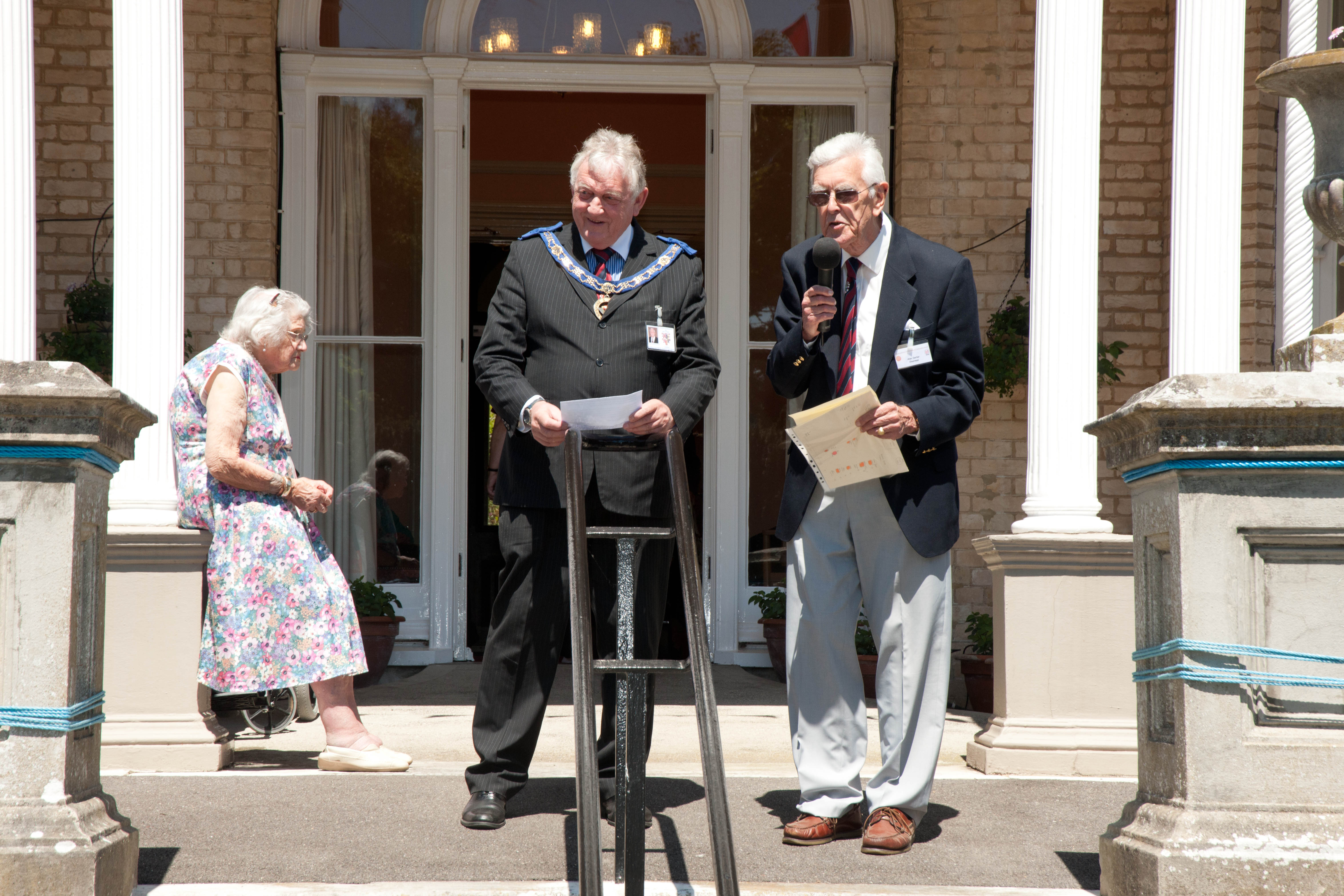 Our Chairman with W.Bro. Geoff Tuck opening the fete