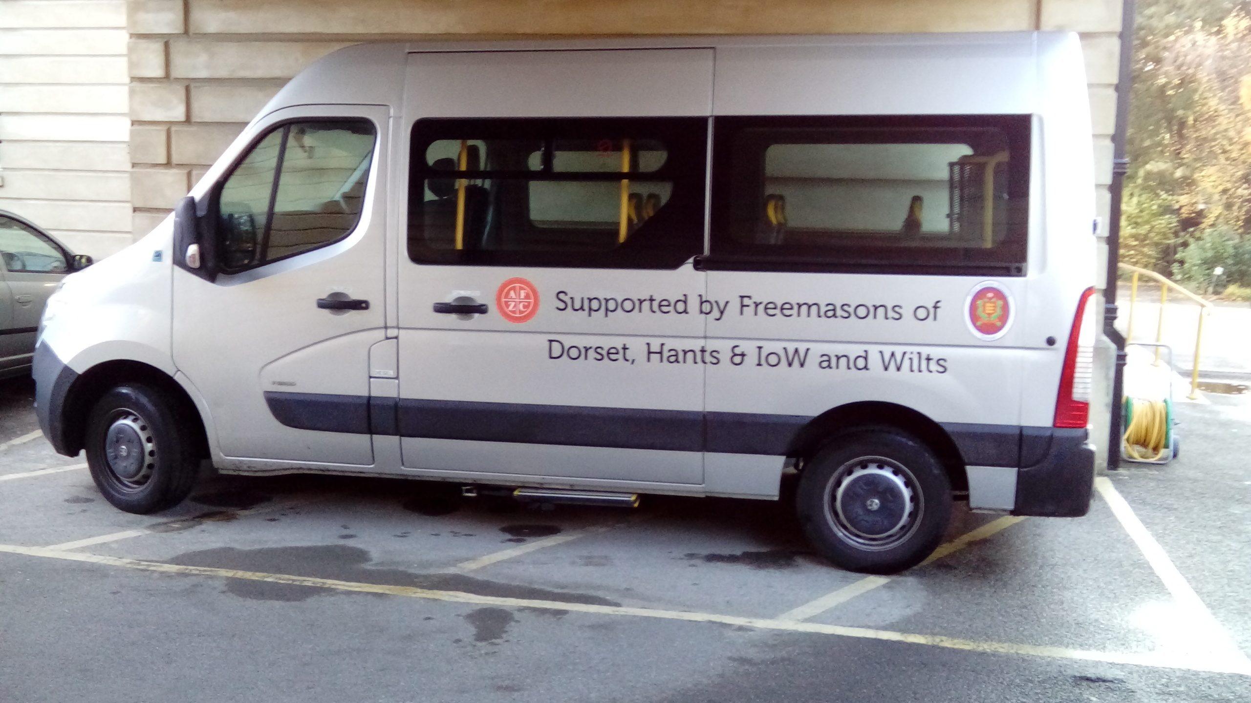 minibus-2016